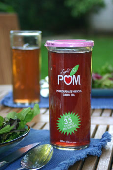 Light Tea Pom