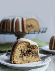 Apple-Bundt-Cake-slice-zulka-230