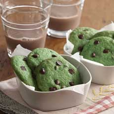 Green Mint Chocolate Chip Cookies Recipe