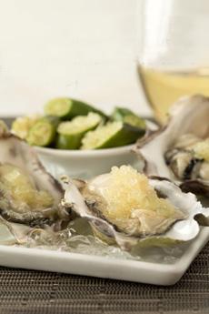 Oysters_w_Finger_Limes-shanleyfarms-230
