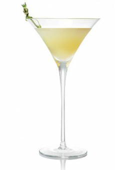 Pear-rosemary-martini-belvedere-230