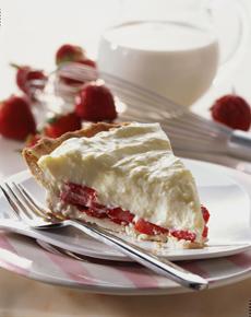 StrawberryCreamPie-calmilkadvisoryboard-230