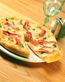 White Cheddar Pizza Bacon & Walnuts