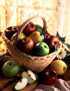 apple-basket-230