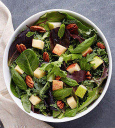 Green Salad With Apples & Pecans