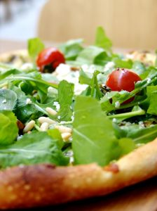 arugula-pizza609972SXC
