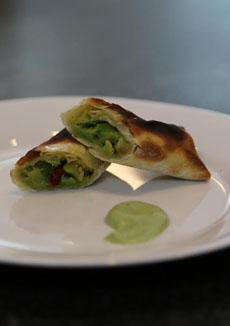 avocado-feta-wraps-230