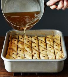 baklava-cookbookchick-calwalnutboard-230