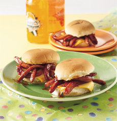 barbecued-worm-sandwiches_000
