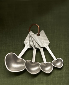 beehive-kitchenware-meas-spoons-2-230
