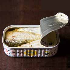 Bela Olhao Sardines Open Can