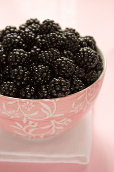 http://www.dreamstime.com/royalty-free-stock-photography-blackberries-image11753307