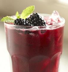 blackberry-mint-iced-tea-driscolls-230
