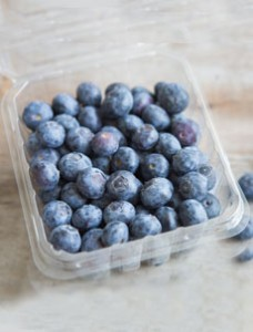 /home/content/71/6181571/html/wp content/uploads/blueberries plastic carton goodeggs 230sq