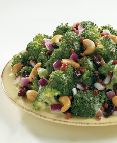 broccoli-madness-salad-souplantation-230r