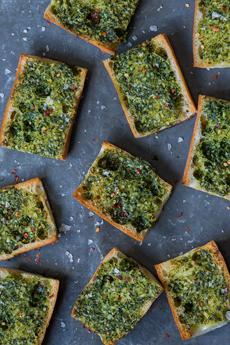 broccoli-rabe-garlic-bread-andyboy-230r