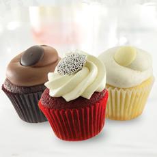 candy-garnish-cupcakes-sweetstreetdesserts-230