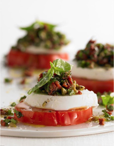 caprese-olive-sundried-topping-mooneyfarms-230