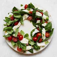 Caprese Salad Wreath