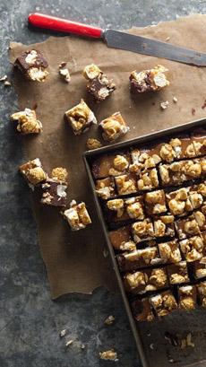 caramel-popcorn-fudge-bettycrocker-230r