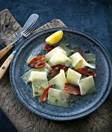 cheese-carpaccio-w-bacon-castello-230