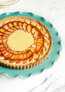 cheesecake-tart-apples-caramelsauce-usaappleassn-230r-s