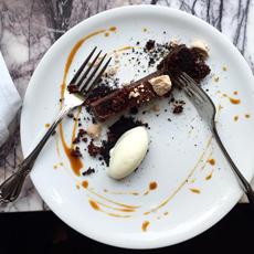 Dessert Plate Garnish