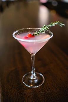 christmas-cocktail-garnish-daviosmanhattan-230