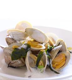 clams-pasta-aldea-rest-230