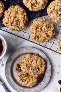 Cranberry Raisin Oatmeal Cookies