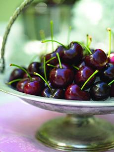 dark_cherries-pedastel-230