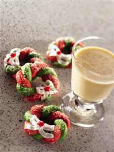 Egg Nog & Cookies