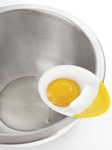 egg-separator-oxo-bowl-230
