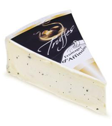 fromager-d'affinois-truffle-wedge-cheesesoffrance-230