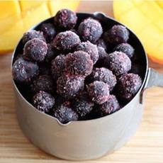 frozen-blueberries-mango-blueberrycouncil-230sq