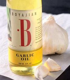 garlic-oil-beauty-kingarthurflour-230