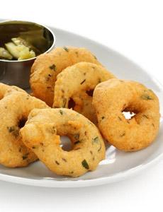 garlic-parmesan-donuts-elegantcaterers-230r