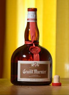 grand-marnier-bkgd-230