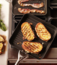 grilled-cheese-calphalon-WS-230