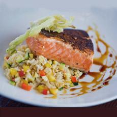 grilled-salmon-rice-veg-delfriscos-230