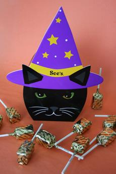 halloween-candy-cat-230