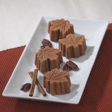 Maple Leaf Mini Cakes