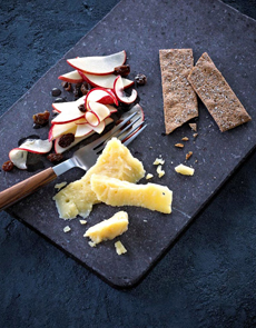 marinated-apples-aged-havarti-castello-230