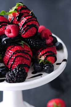 Berries With Balsamic Glaze