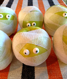 mummy-apples-marcicoombs.com-230s