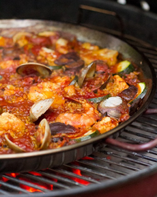 /home/content/p3pnexwpnas01_data02/07/2891007/html/wp content/uploads/paella on grill acouplecooks. 230