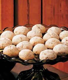 pecan-sandies-tasteofhome-230