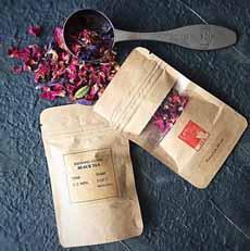 Black Tea With Rose Petals