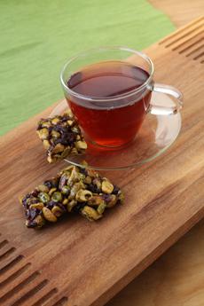 pistachio-tea-3-230