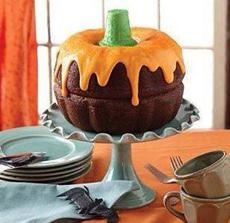 pumpkin-bundt-cake-nordic-ware-230
